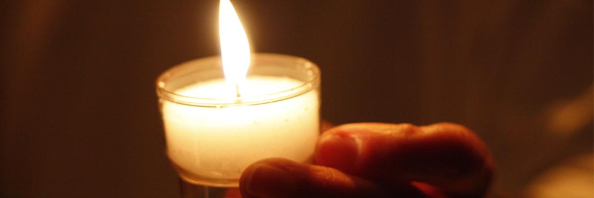 Attaque de Marseille : unis dans la prière pour les deux jeunes victimes