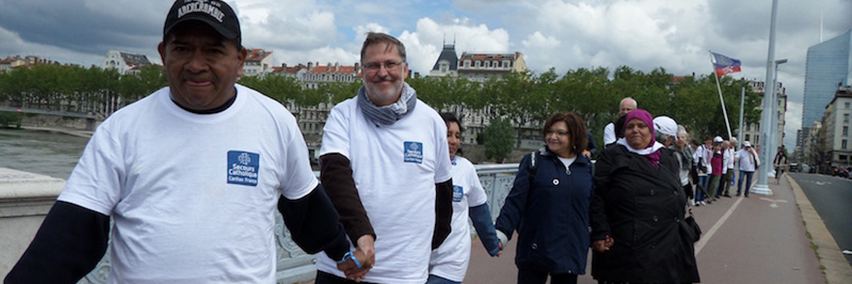 Migrants : montrer le visage d'une France hospitalière