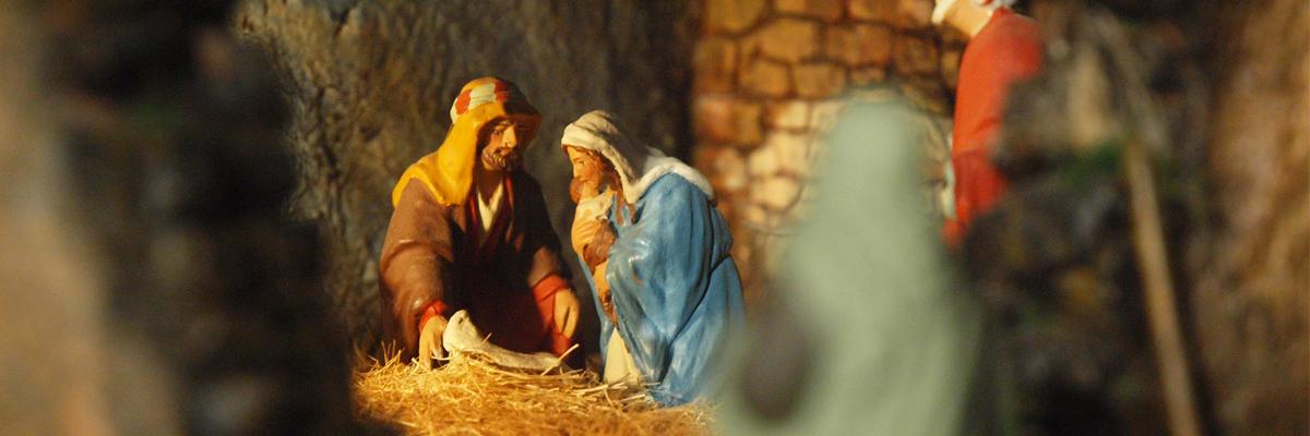 Pourquoi donc Jésus naît-il dans une étable à l'écart ?