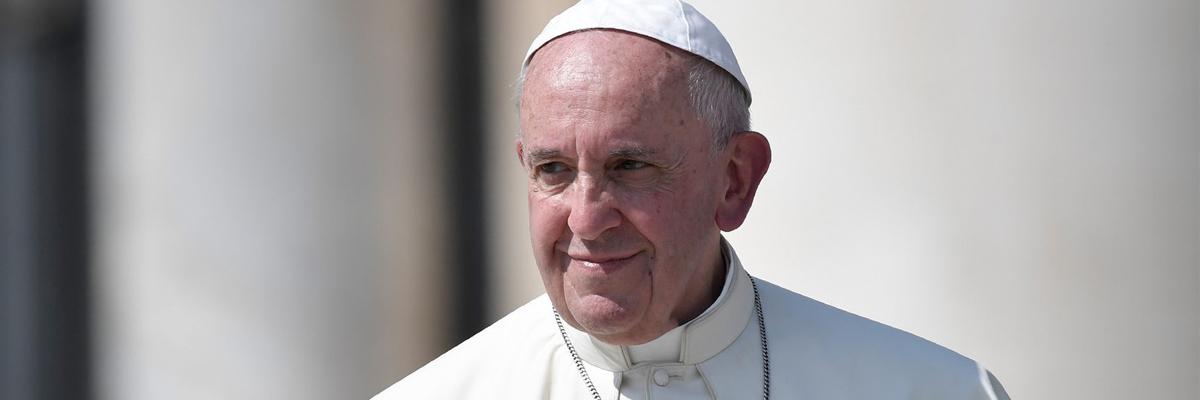 Le pape François prie pour que la dignité de Vincent Lambert soit « respectée »