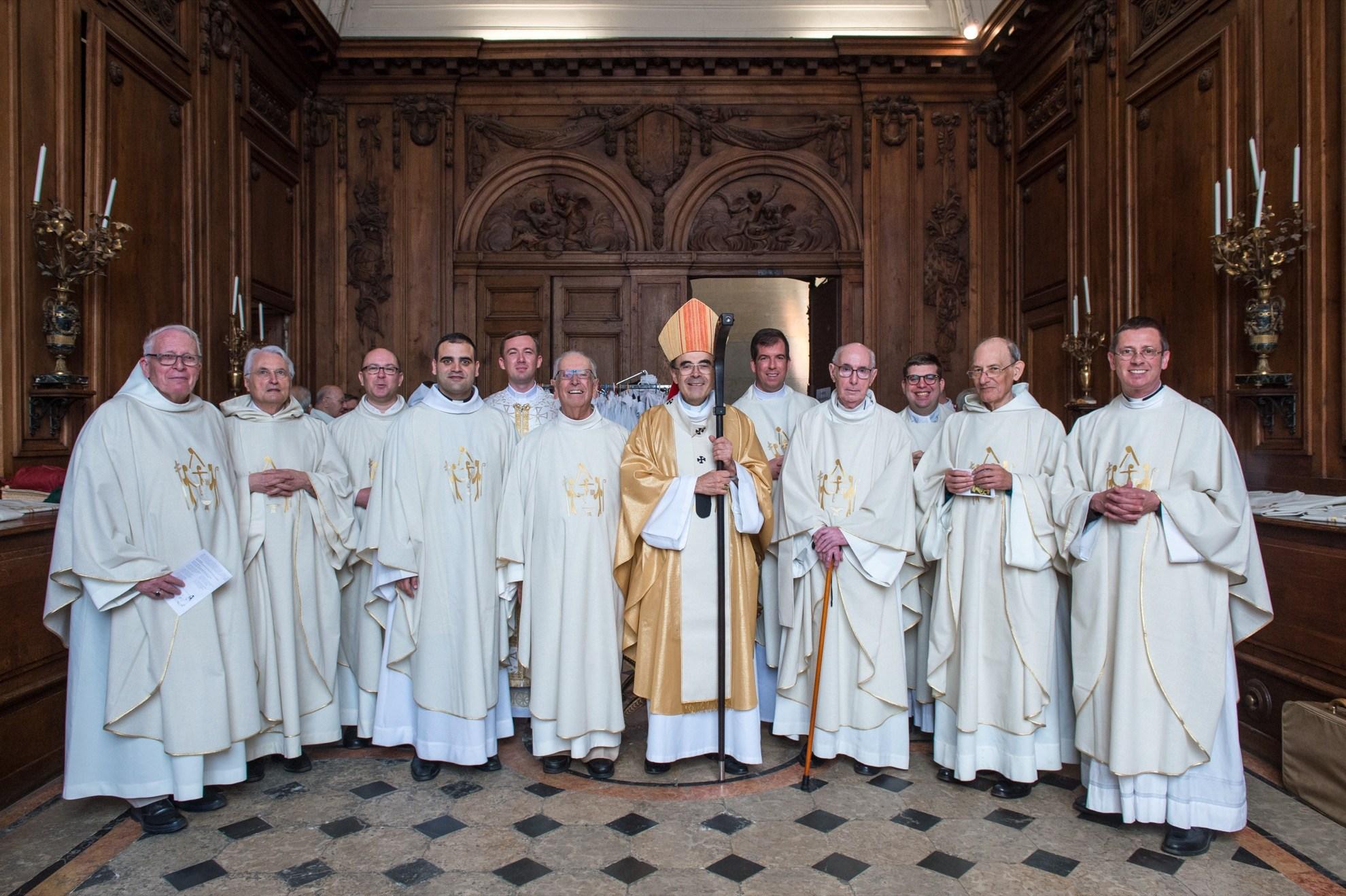 Une messe pour les prêtres jubilaires