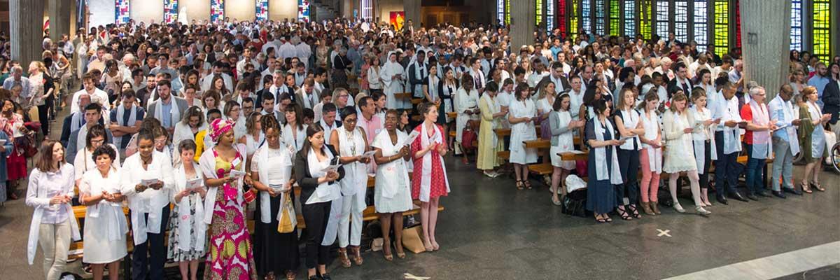 282 adultes confirmés à la Pentecôte