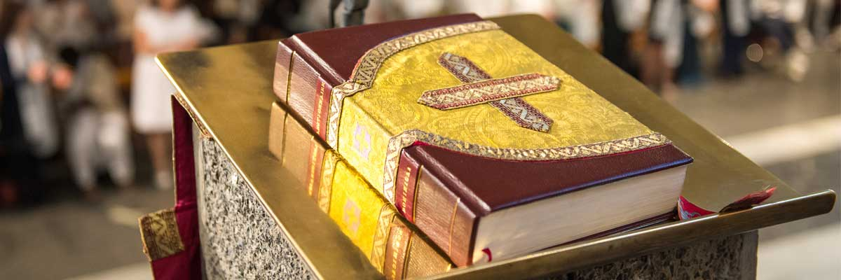«Vous laissez de côté le commandement de Dieu, pour vous attacher à la tradition des hommes»