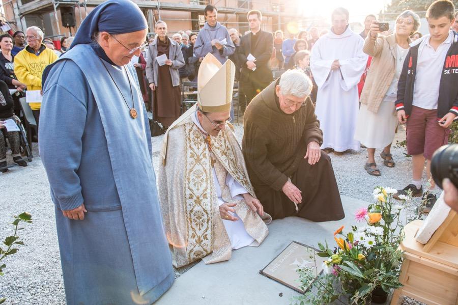 Bénédiction de la première pierre du «Petit monastère»