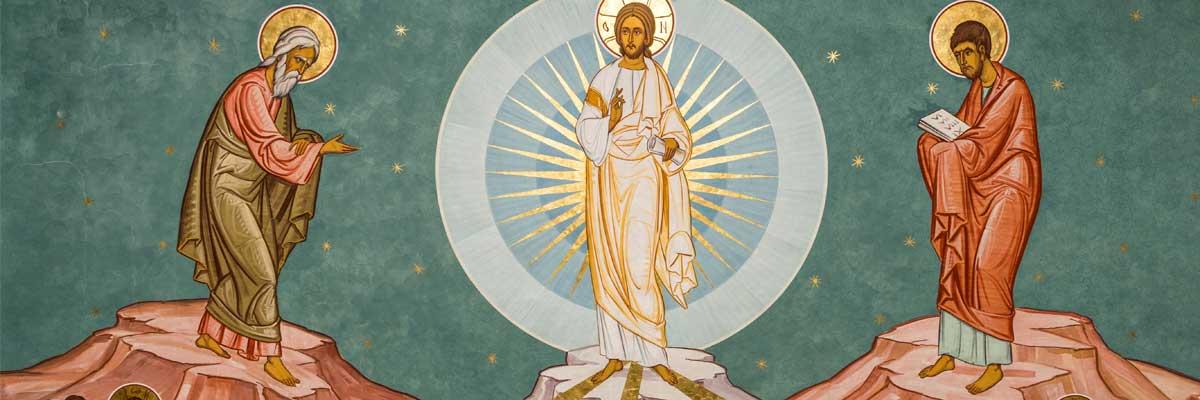 A trop vouloir se regarder on finit par se détester. A force d'aimer les autres, on finit…transfiguré.