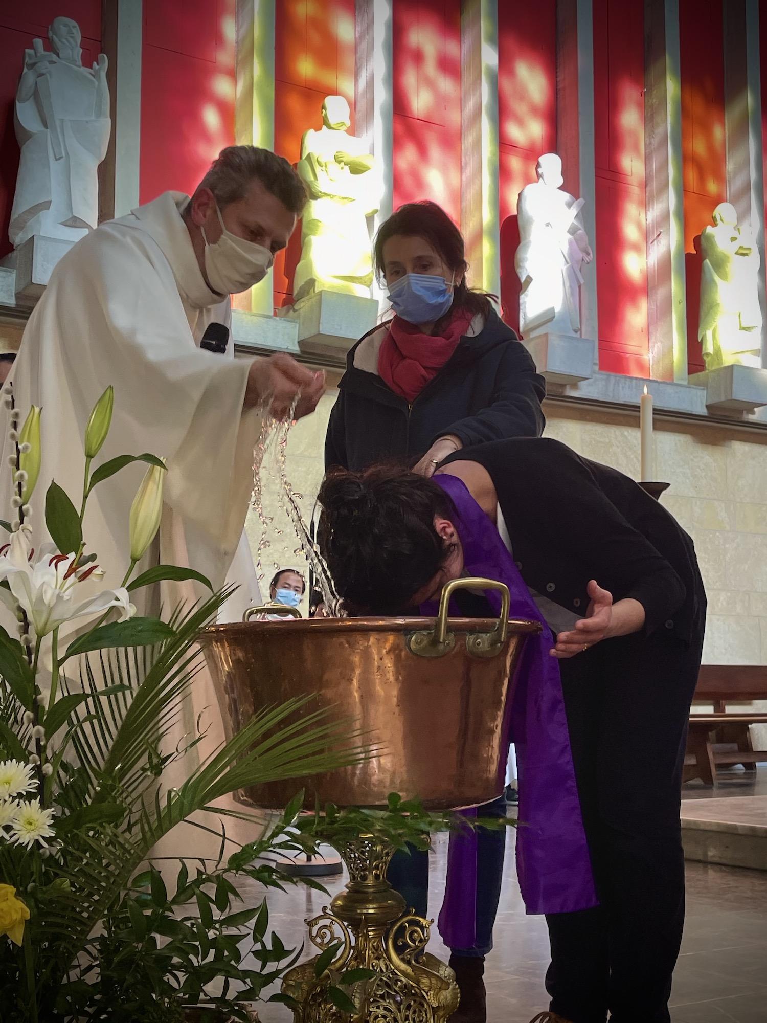 Baptême à la paroisse de Vaise