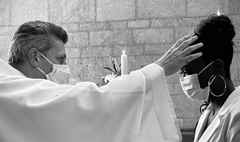 Retour en images sur les baptêmes de Pâques