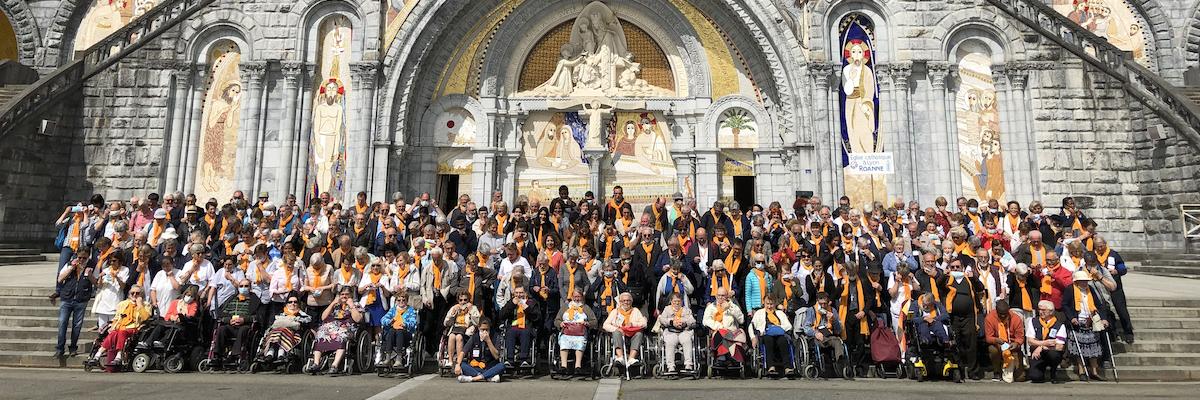 À la découverte des pèlerins à Lourdes